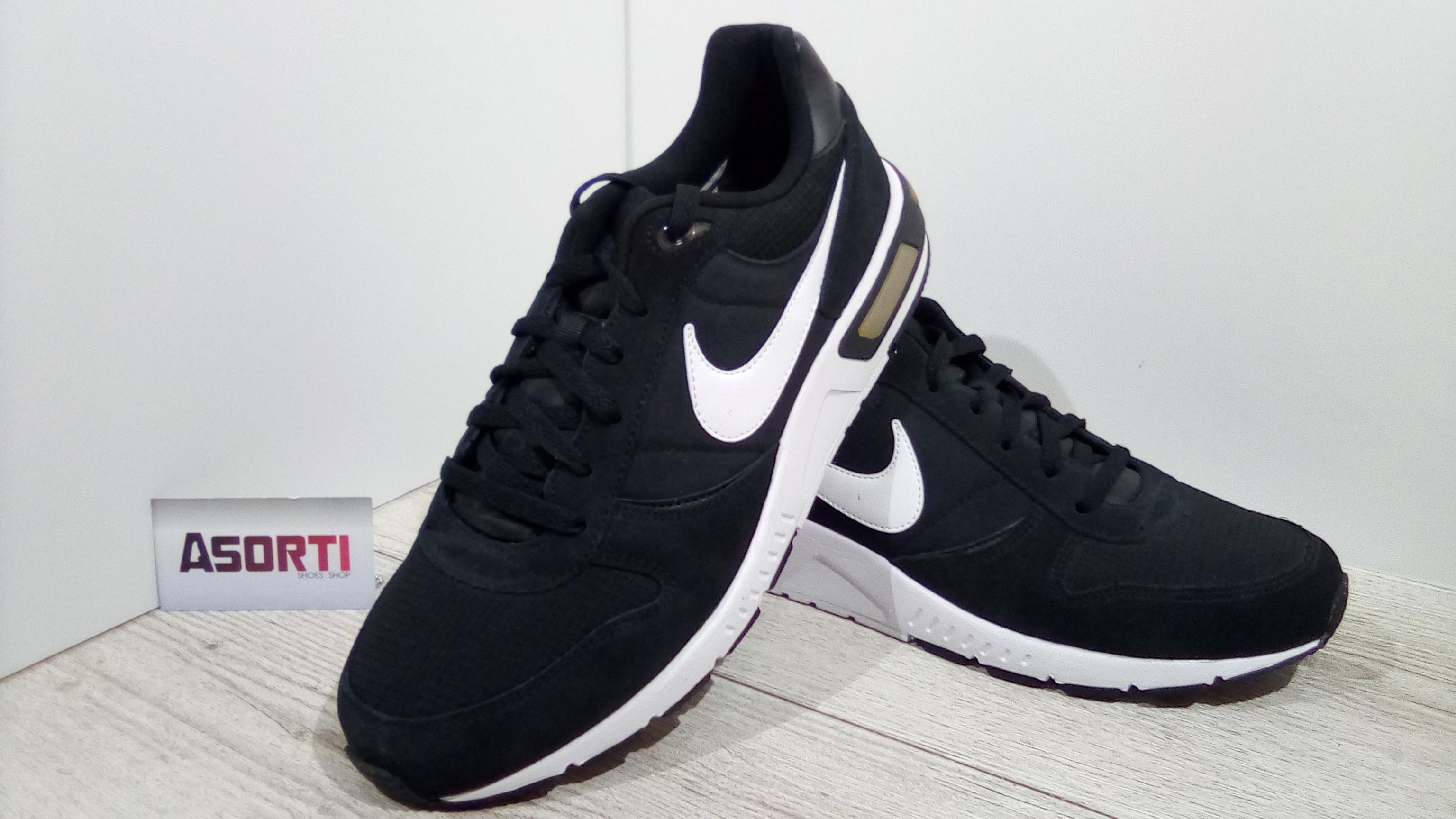 Чоловічі кросівки Nike Nightgazer (644402-011) чорні купити в ... b2591867b6ad4