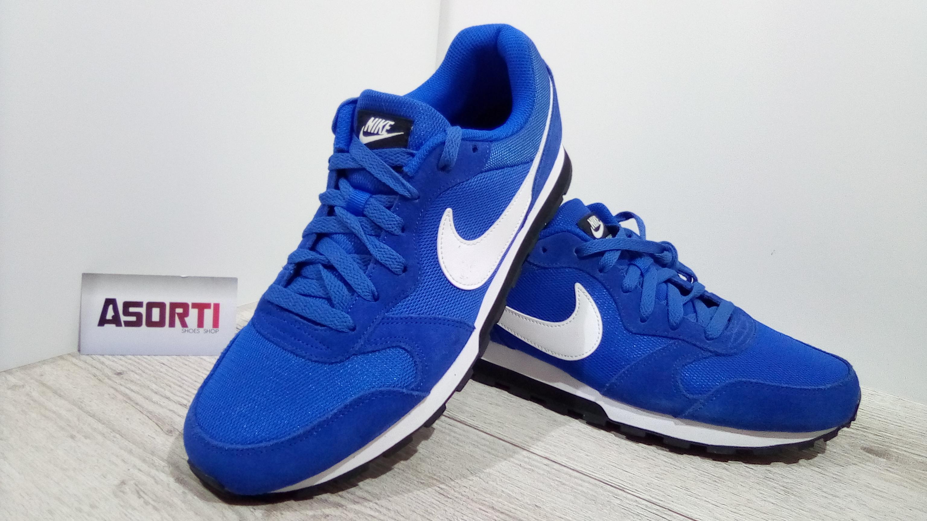 2f8e2925 Чоловічі бігові кросівки Nike MD Runner 2 (749794-414) сині купити в ...