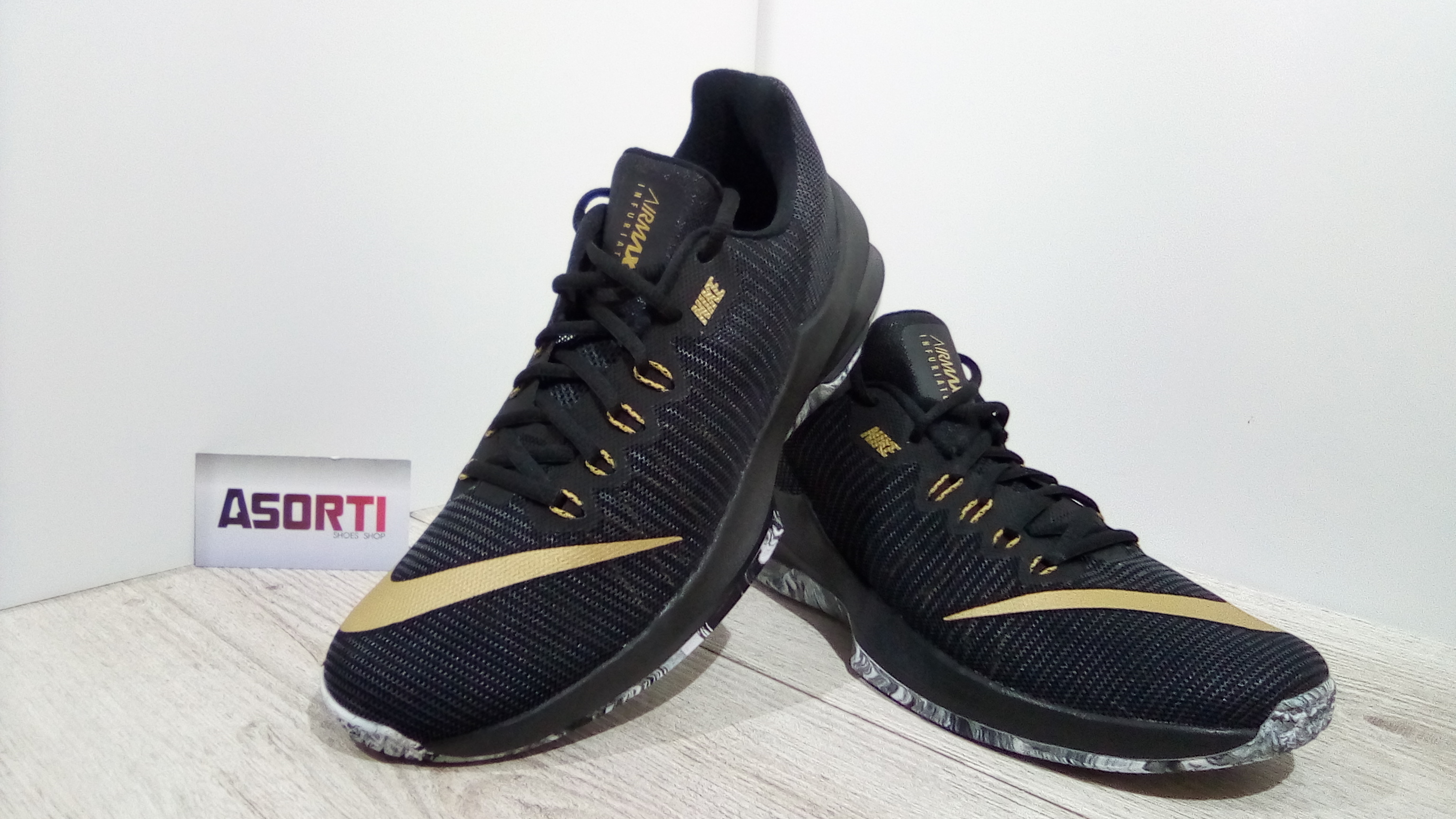 Чоловічі баскетбольні кросівки Nike Air Max Infuriate 2 Low (908975 ... 2d32b51d69e5b