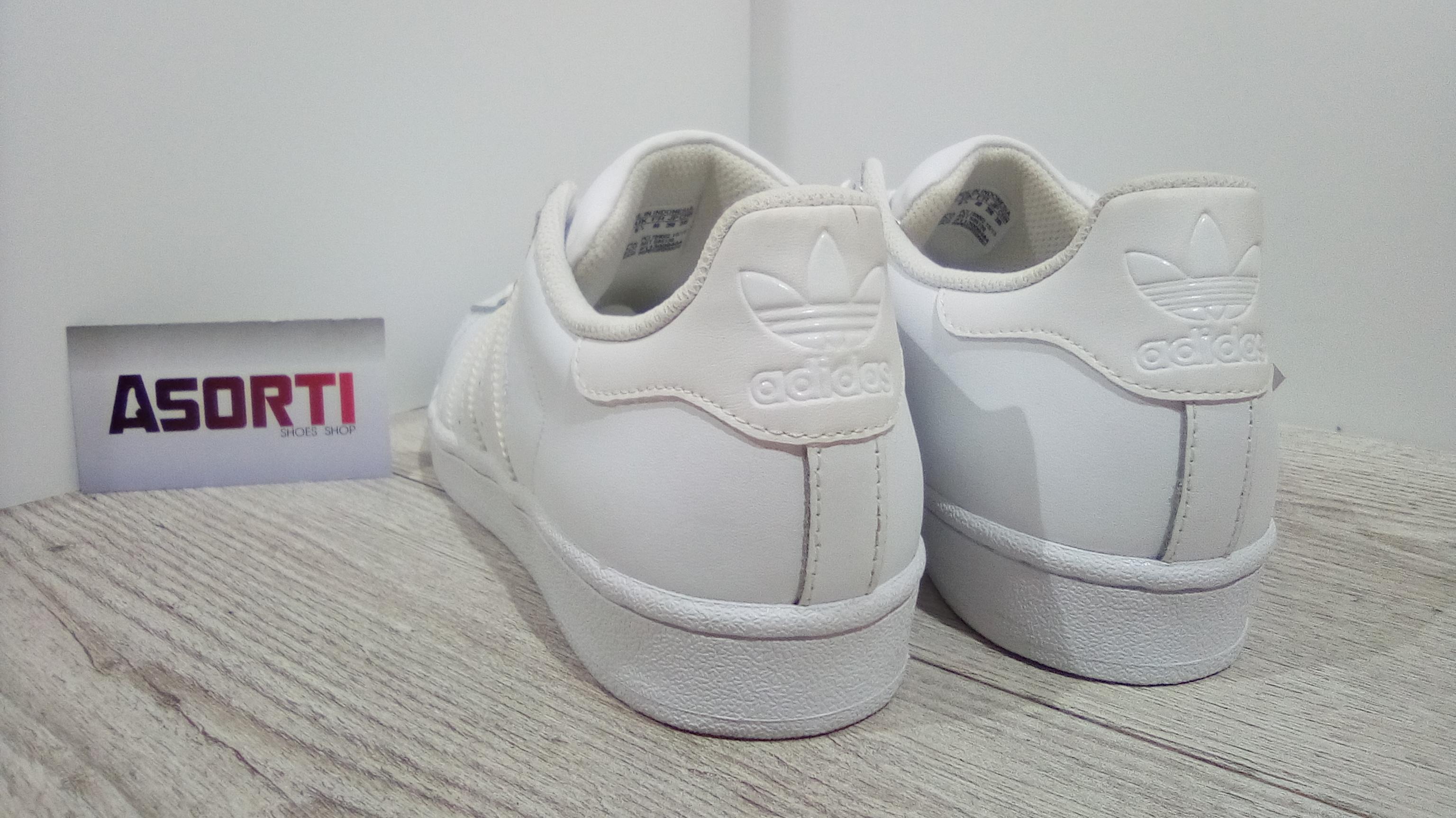 Жіночі кросівки Adidas Women s Superstar W (S85139) білі купити в ... d3674d5b7bd85