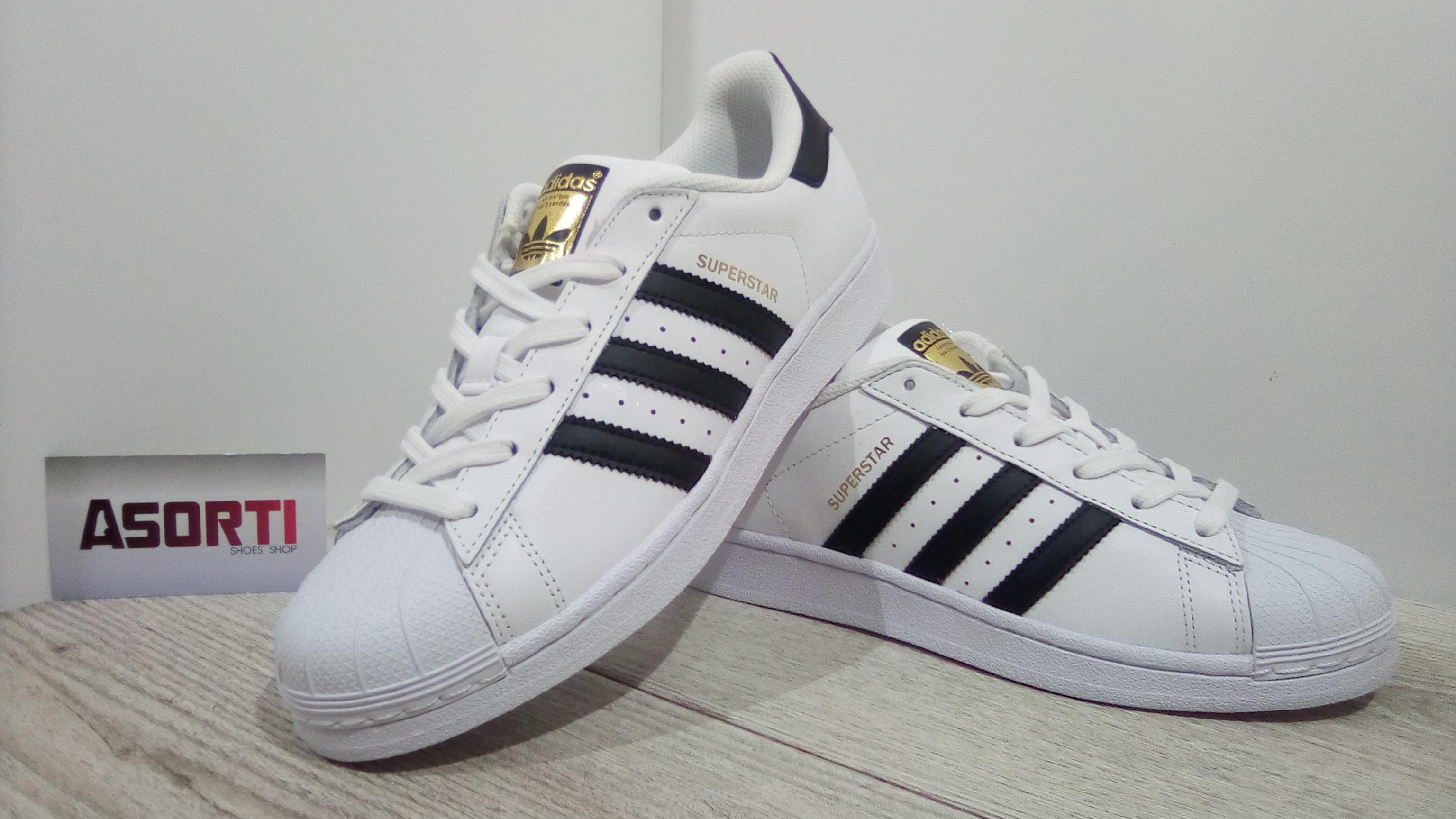 Жіночі кросівки Adidas Originals Superstar білі (C77154) купити в ... 0f89499caf1e5