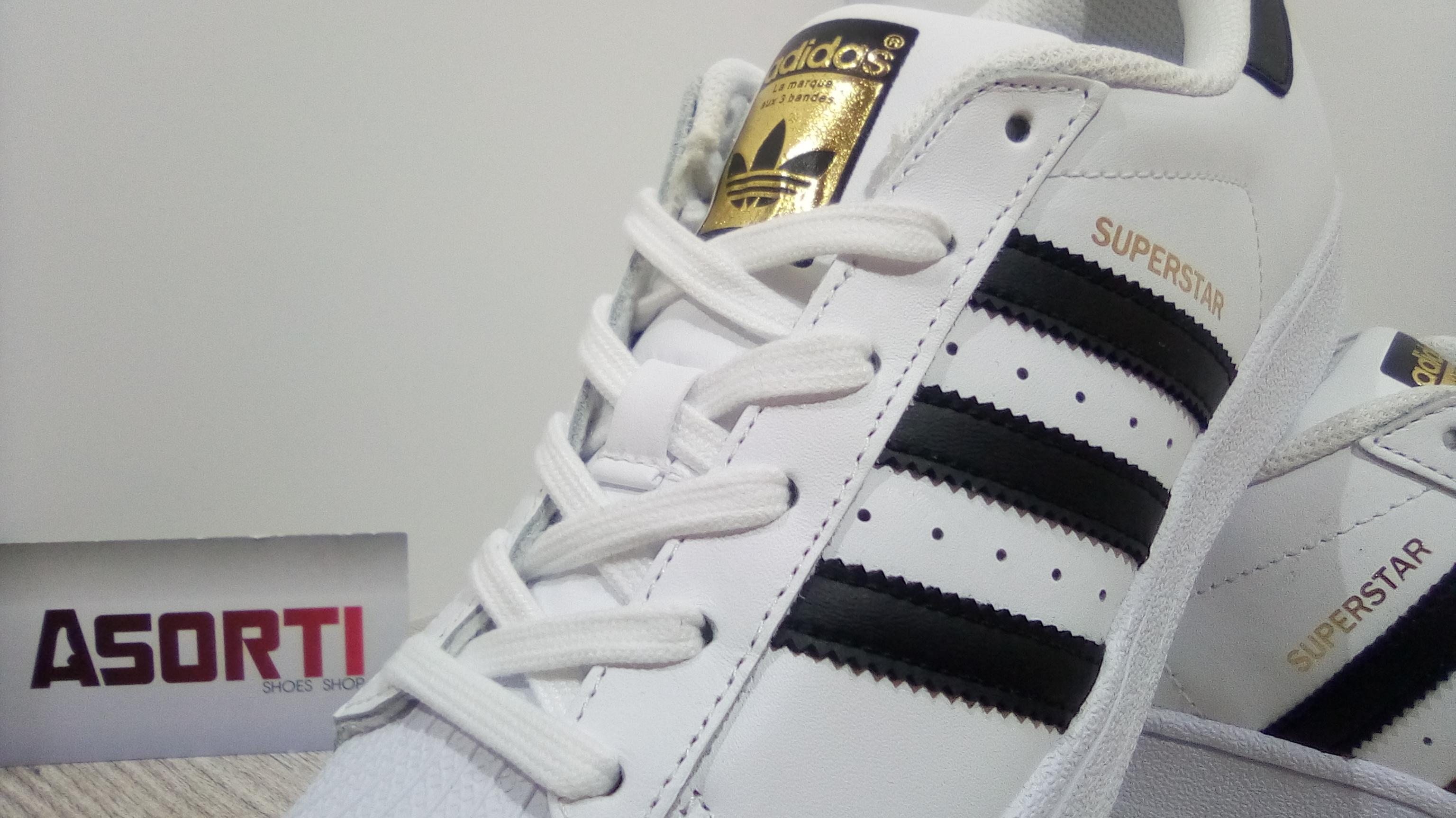 8b2e02eaece019 Жіночі кросівки Adidas Originals Superstar білі (C77154) купити в ...