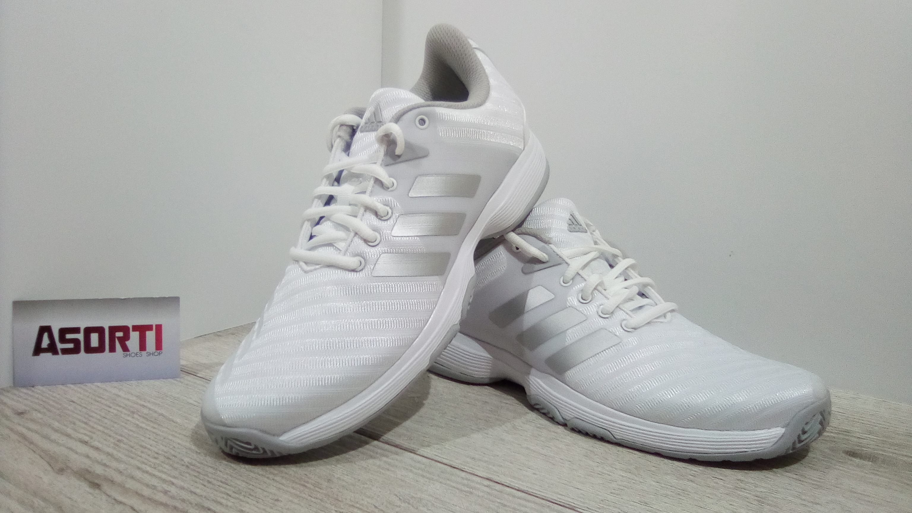 Жіночі кросівки Adidas Barricade Court W Womens Tennis (DB1746) білі ... 5066f50f8e8b2