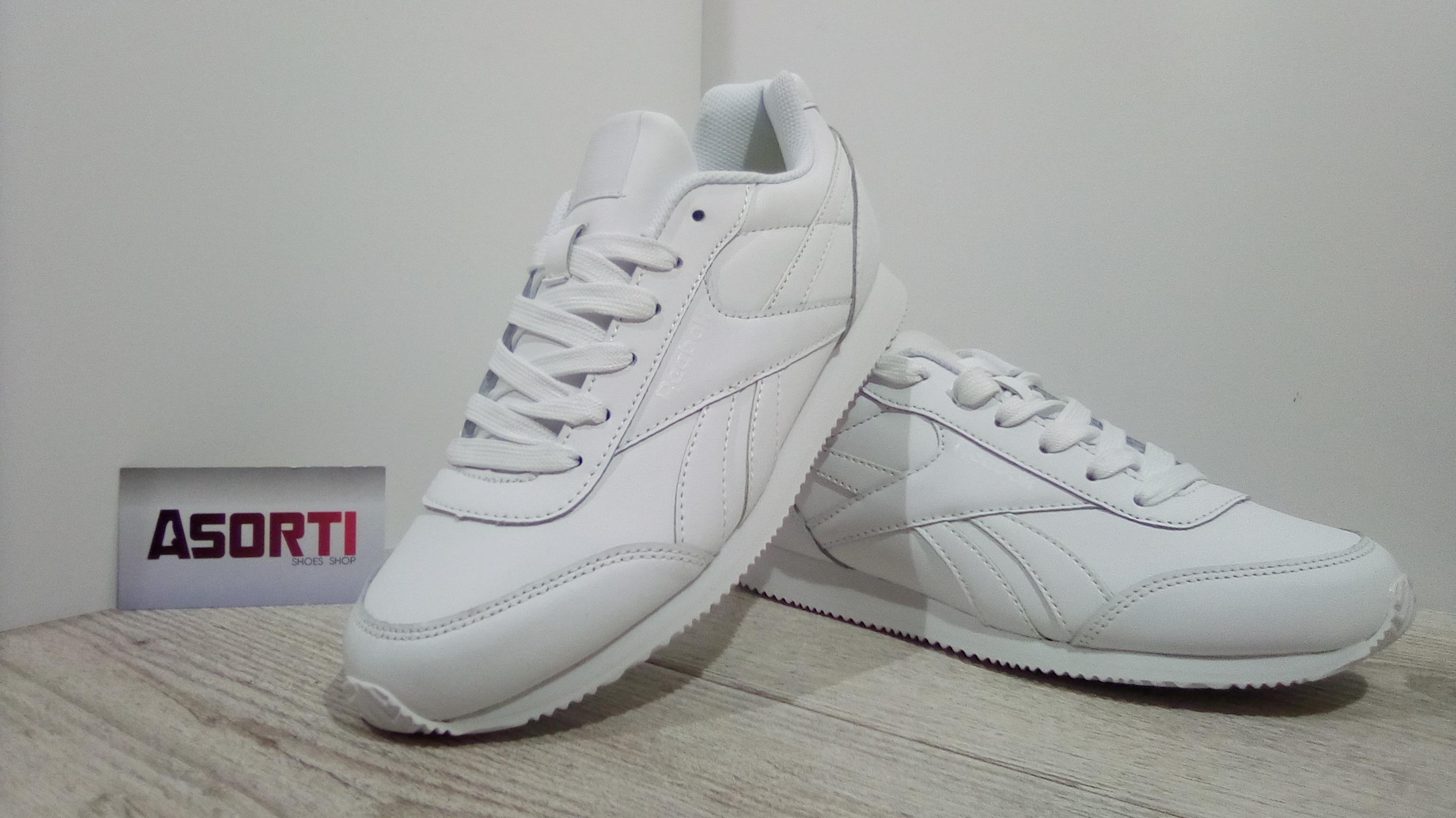 Женские кроссовки Reebok Royal Classic Jogger белые (V70492) купить ... 6427aba3e910b