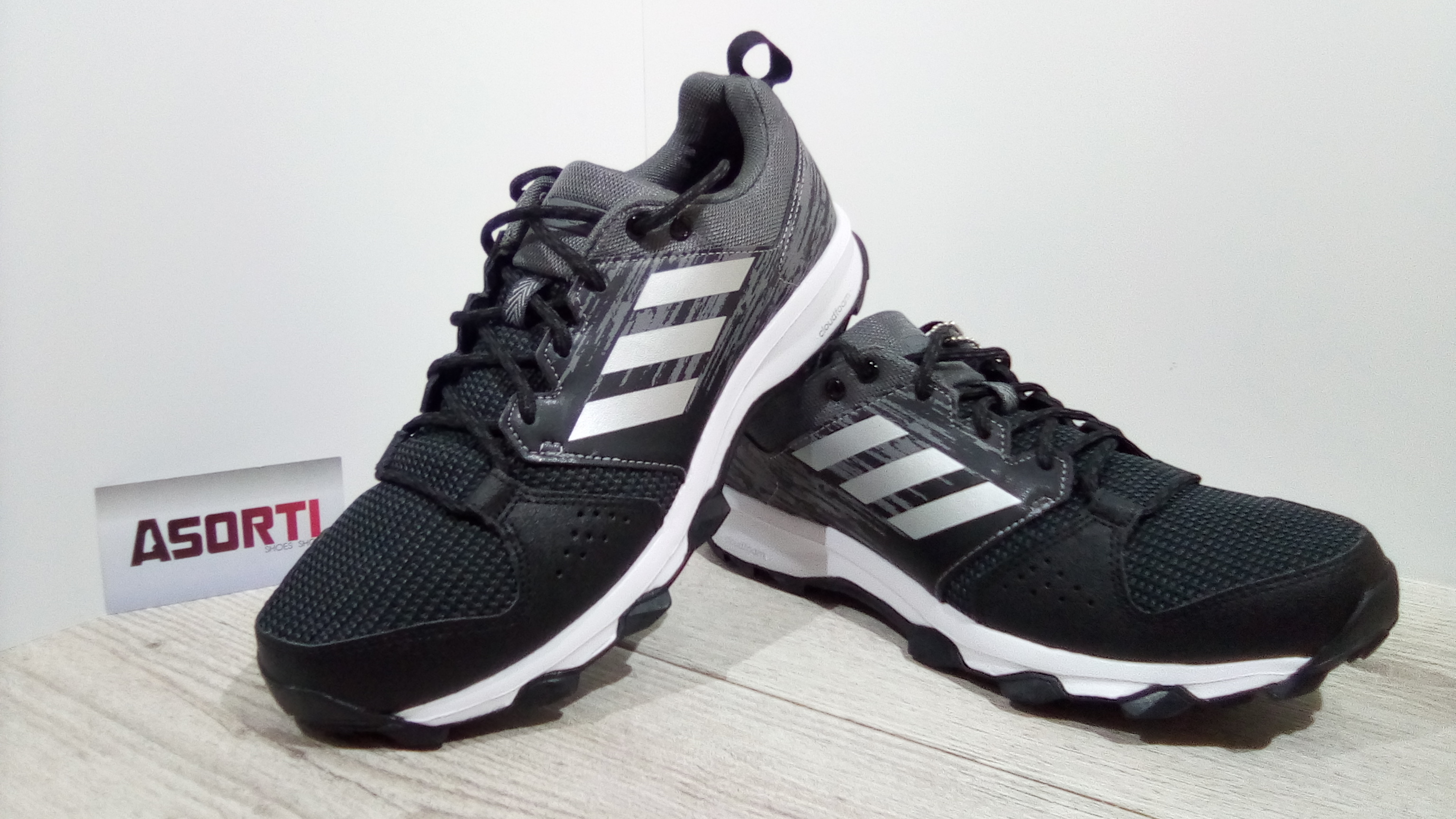 a165629c Чоловічі бігові кросівки Adidas Galaxy Trail M (CG3979) чорні/сірі ...