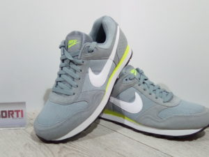 КРОССОВКИ NIKE MD RUNNERSUEDE (684616-017)