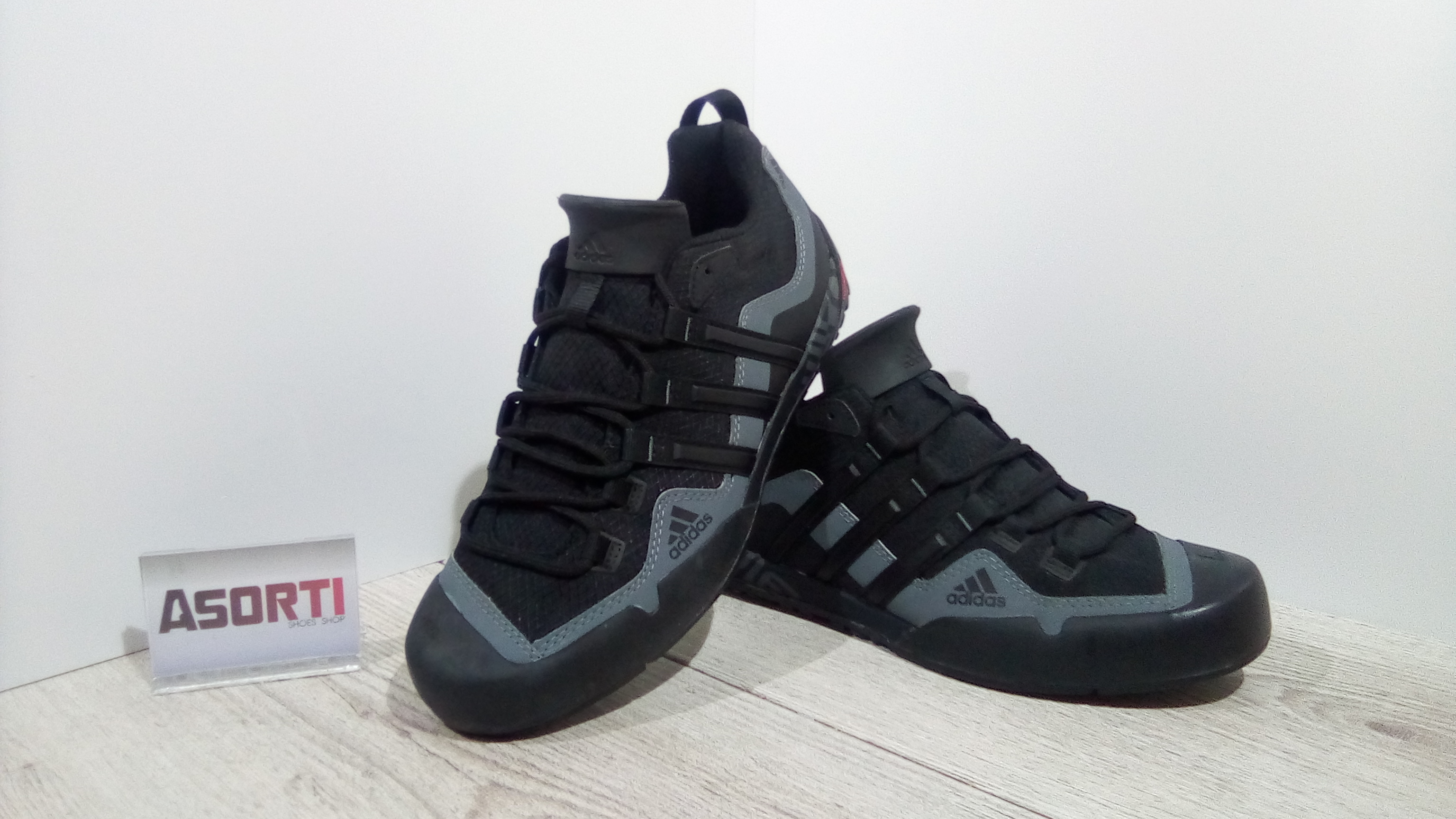 Чоловічі спортивні кросівки Adidas Terrex Swift Solo (D67031) чорні ... ba8b481f880fe