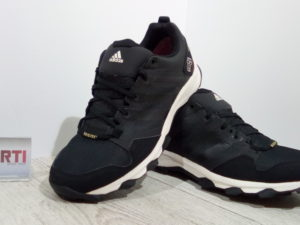 Мужские кроссовки для бега Adidas Kanadia 7 TR GTX (S82877) черные