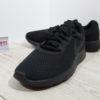 Мужские спортивные кроссовки Nike Tanjun (812654-001) черные