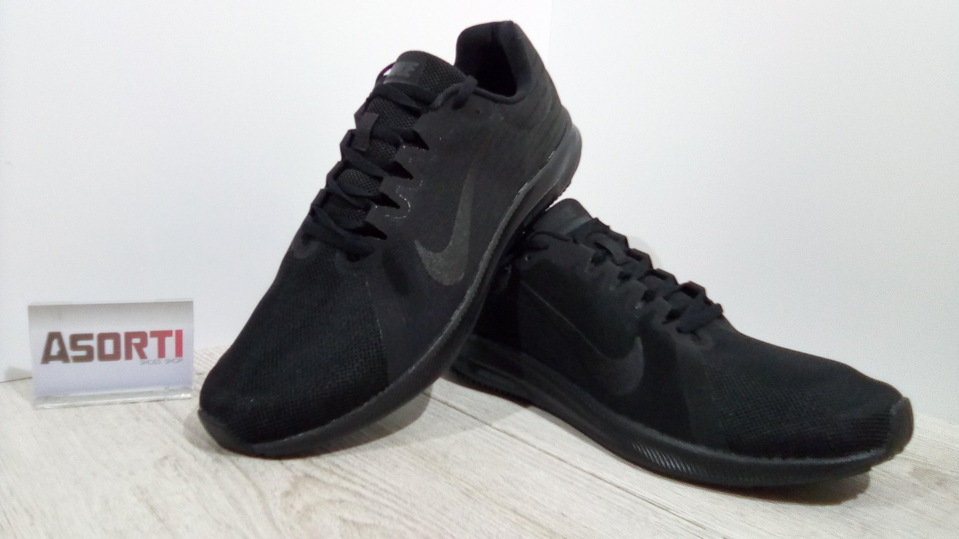 dcaa92a3876b4e Чоловічі бігові кросівки Nike Downshifter 8 (908984-002) чорні ...