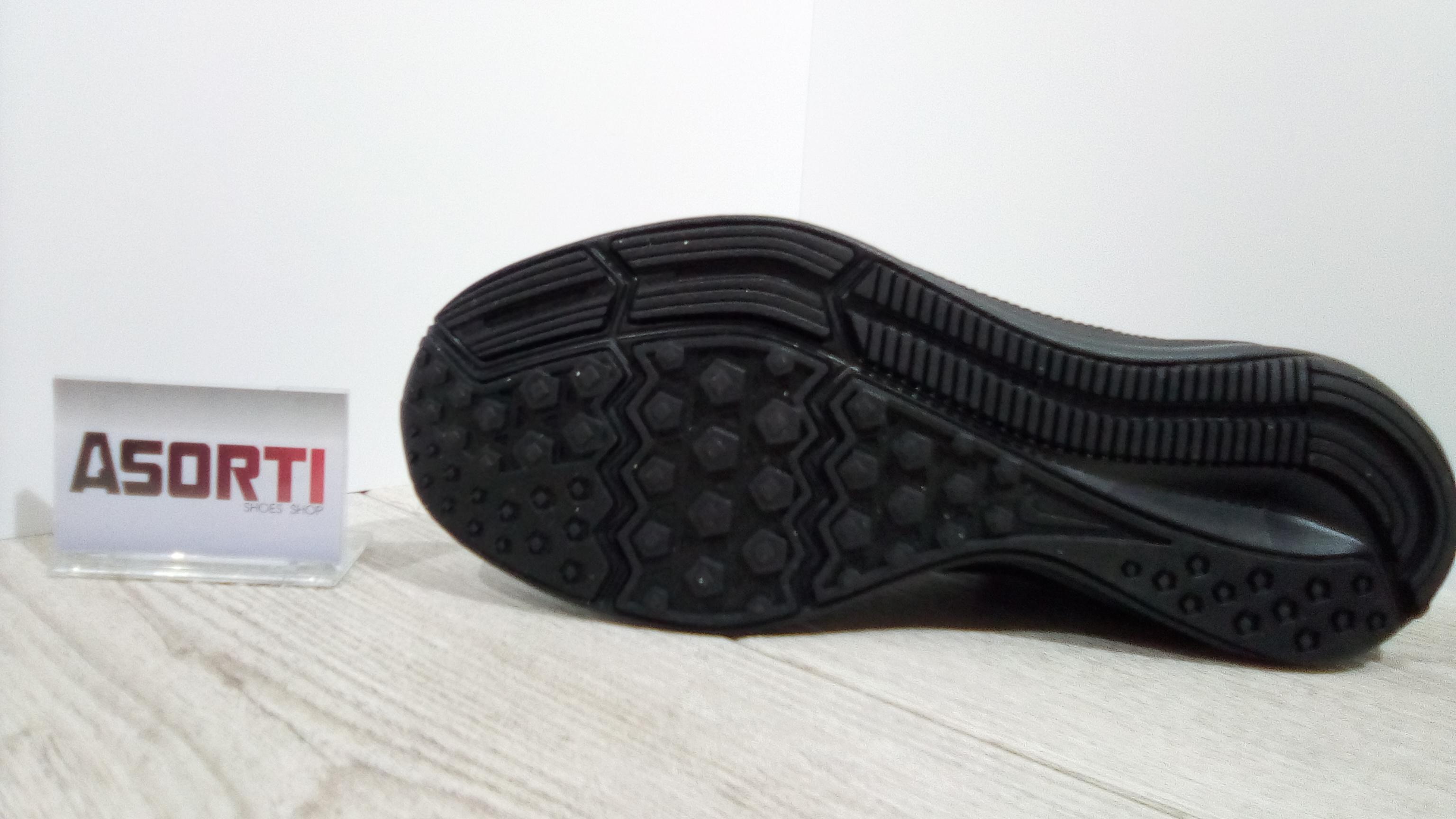 a18c366b Мужские беговые кроссовки Nike Downshifter 8 (908984-002) черные ...