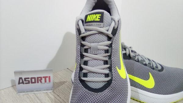 Мужские кроссовки для бега Nike RunAllDay (898464-012) серые