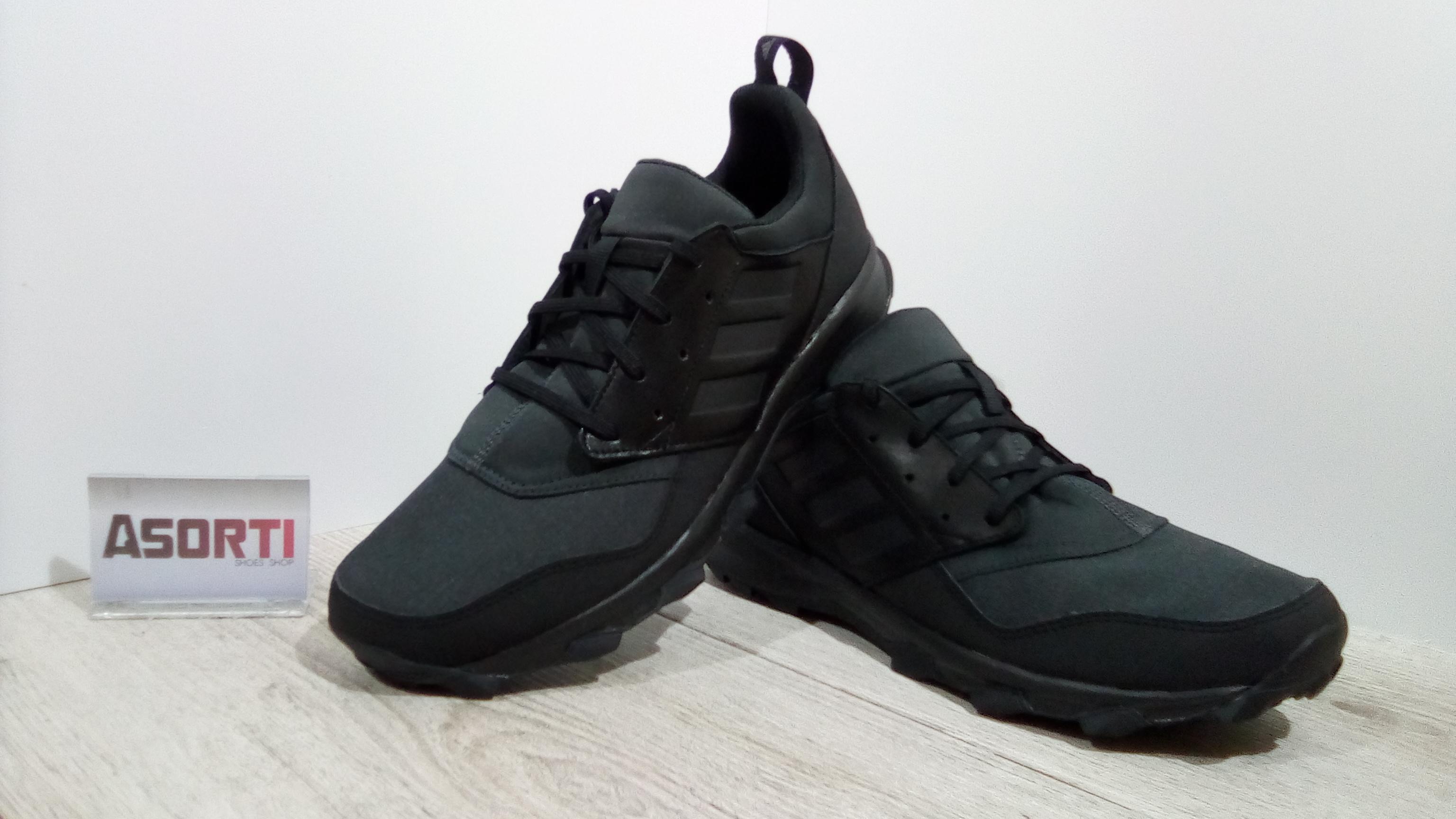 Чоловічі спортивні кросівки Adidas Terrex Noket (AC8037) чорні ... c2ca04b479038