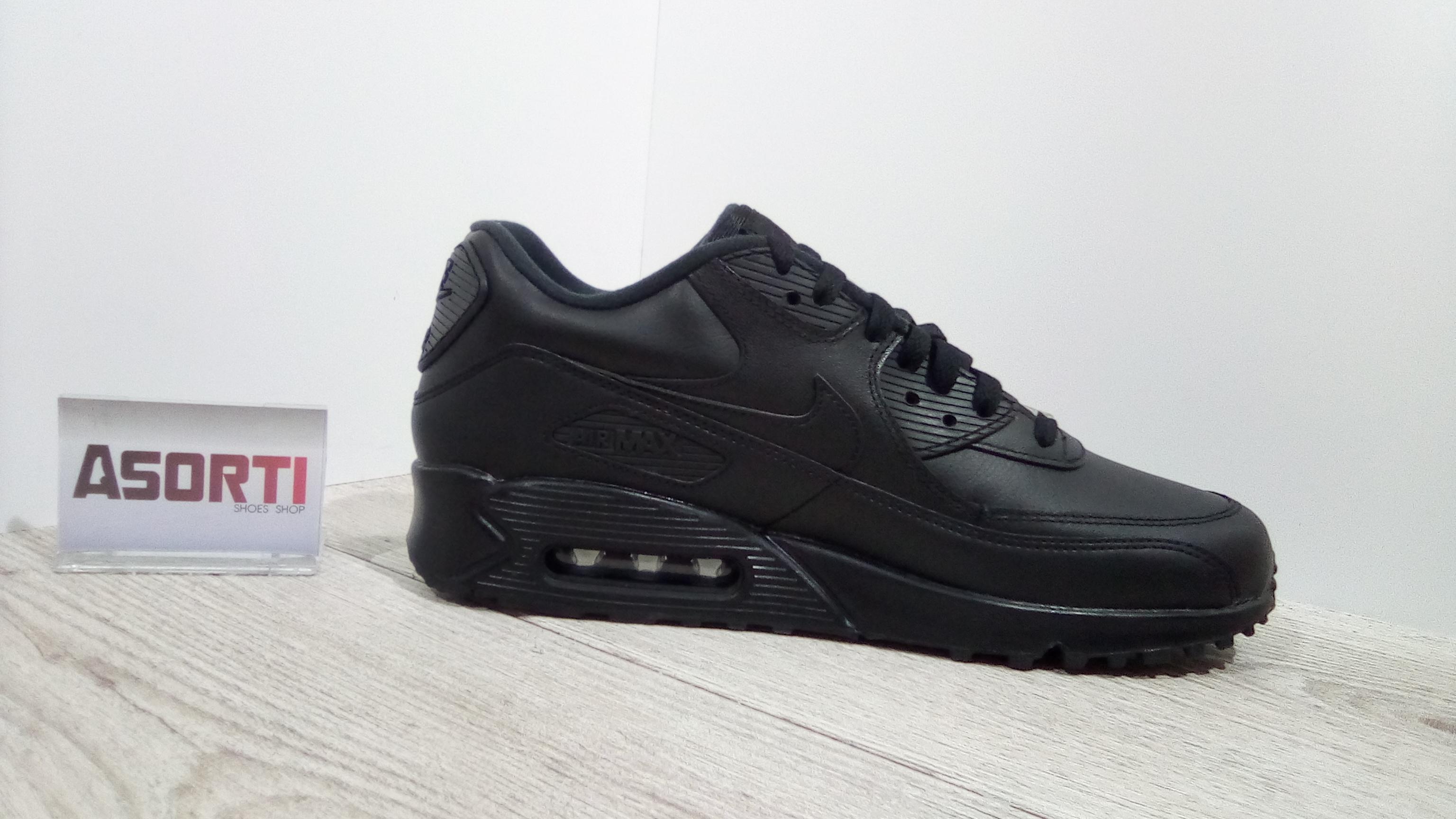 Мужские кроссовки Nike Air Max 90 Leather (302519-001) черные купить ... 62e31b98ccaac