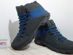 Мужские утепленные кроссовки Reebok Trailchaser MID (V70807) черные