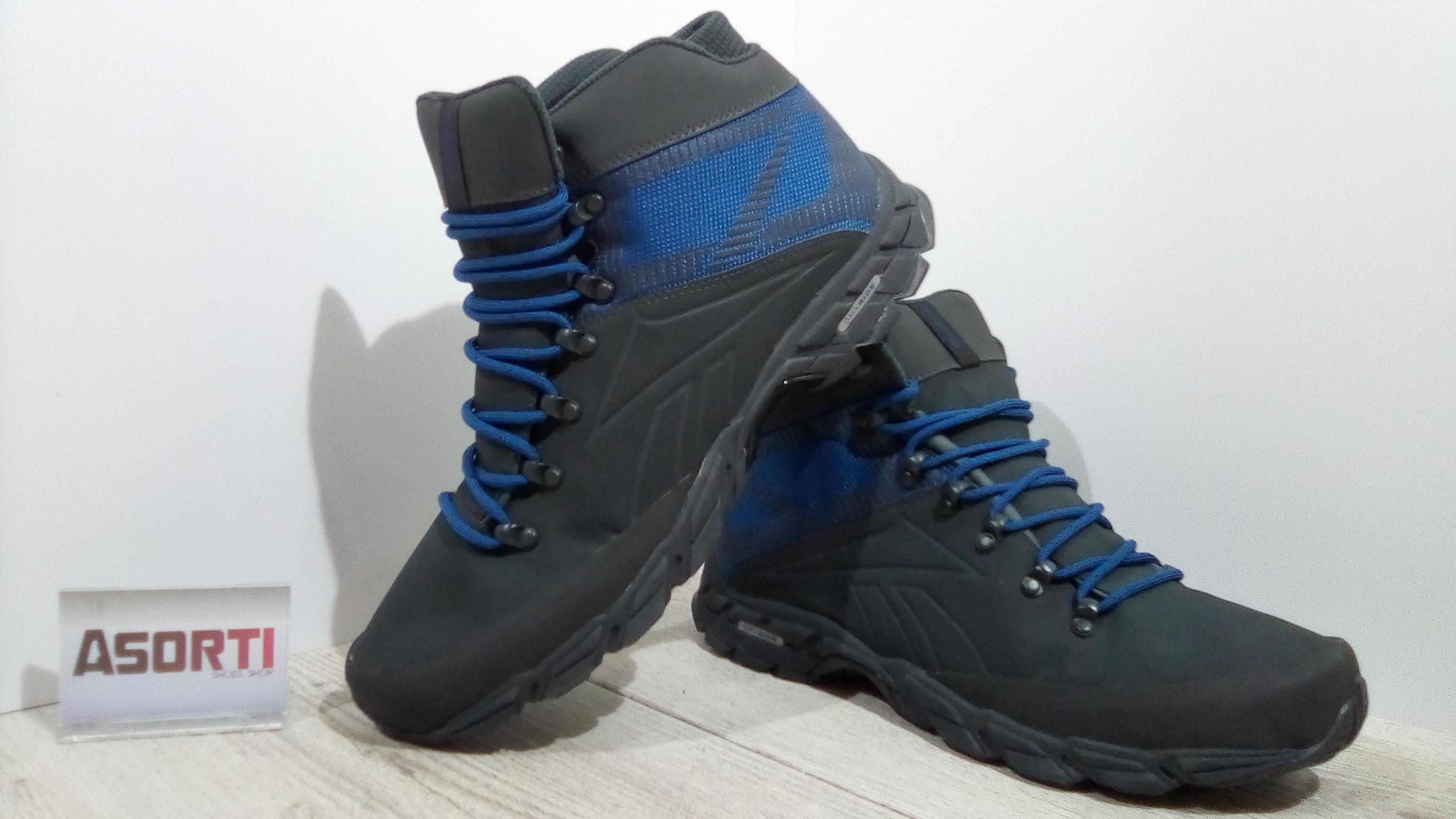 d9338d1e Мужские утепленные кроссовки Reebok Trailchaser MID (V70807) черные ...