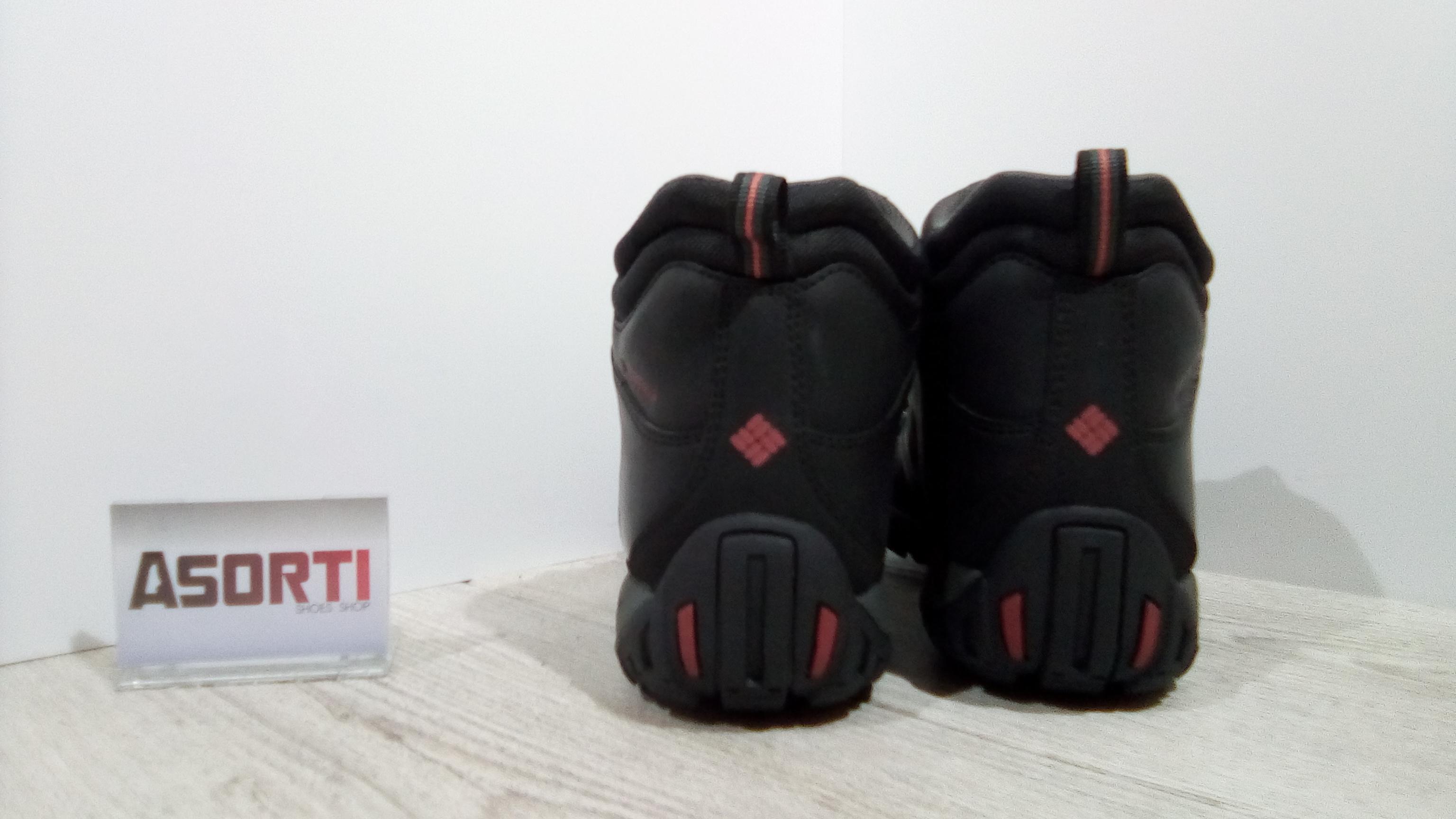 Мужские зимние ботинки Columbia Peakfreak Venture (BM3991-010) черные ... 62ca22dc2c9