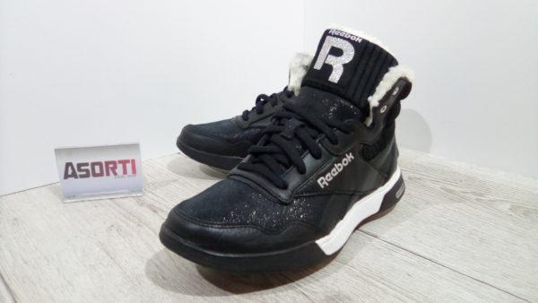 Женские зимние кроссовки Reebok Easytone Rockeasy (V65415) черные