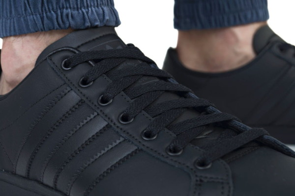 кросівки AdidasCoast Star (EE8902) чорні