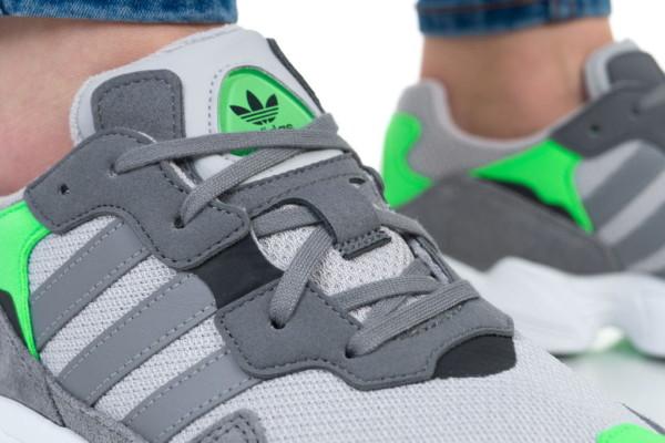 кроссовки Adidas Yung-96 J (DB2802)